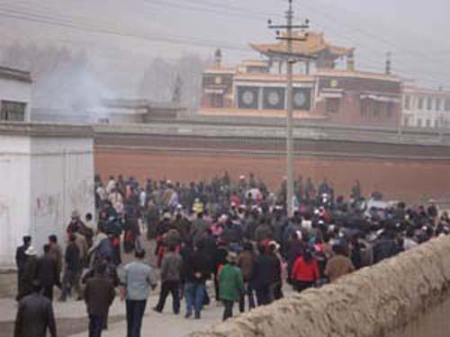 Photo: VOA Tibetan language TV